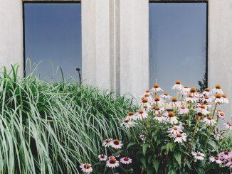 L-element van beton voor leuke creaties in de tuin